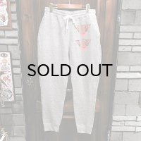 "{NO MAD NUMSKULL} ""TRIANGLE"" SWEAT PANTS / GRAY / L"