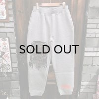 {MOMENTARY PSYCHO ART} DEMON FACE SWEAT PANTS / GRAY