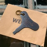 "{WEIRDO} ""WIND UP"" - KEY HOLDER"